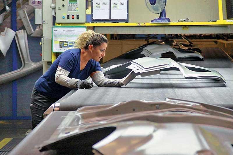 Детали автомобилей из листового пластика АБС