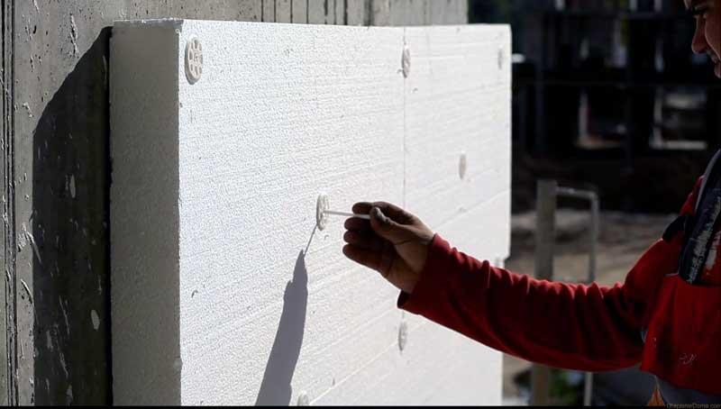 Фиксация пенополистирола для утепления фасадов дюпелями