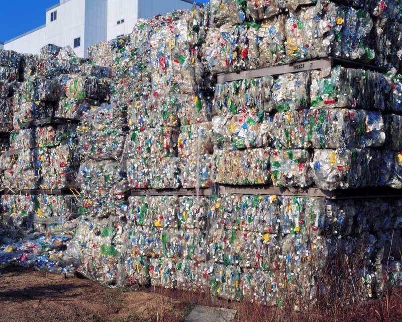 Сбор отходов из пластика