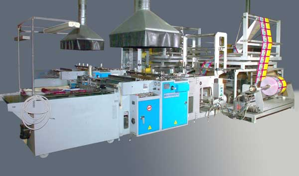 Аппарат для выпуска полиэтиленовых пакетов