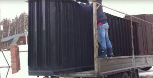 Разгрузка пластиковой смотровой ямы для гаража