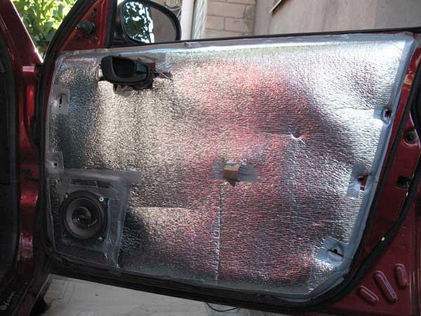 Теплоизоляция двери изолоном