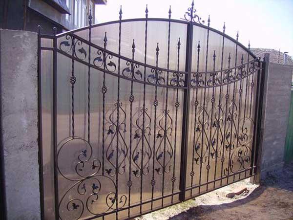 Поликарбонатные ворота